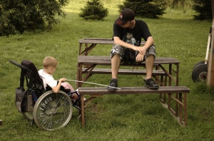 disabled_child_in_whelchair